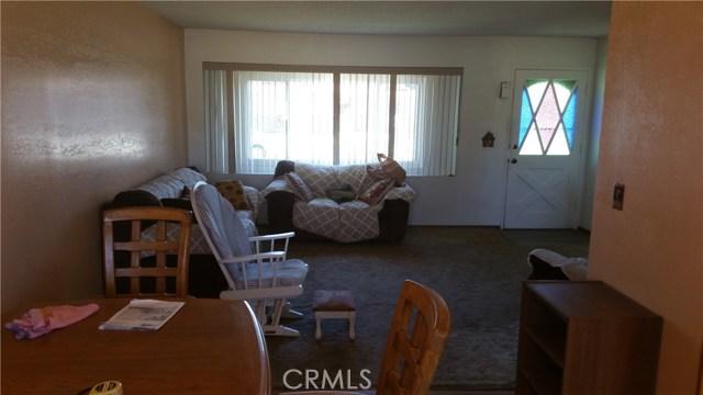 20625 Harvest Avenue, Lakewood CA: http://media.crmls.org/medias/3e599e7a-a51c-41bd-9a9f-bf09e9c81714.jpg