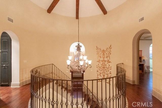 25381 Oakview Estate Drive, Stevenson Ranch CA: http://media.crmls.org/medias/3e5de745-8b47-4c78-b2f1-a46b5bcd910f.jpg