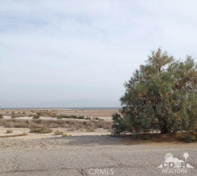 951 (lot 33) Seaport (waterfront), Salton City CA: http://media.crmls.org/medias/3e61e6de-e111-4955-a425-b1a325ab9705.jpg