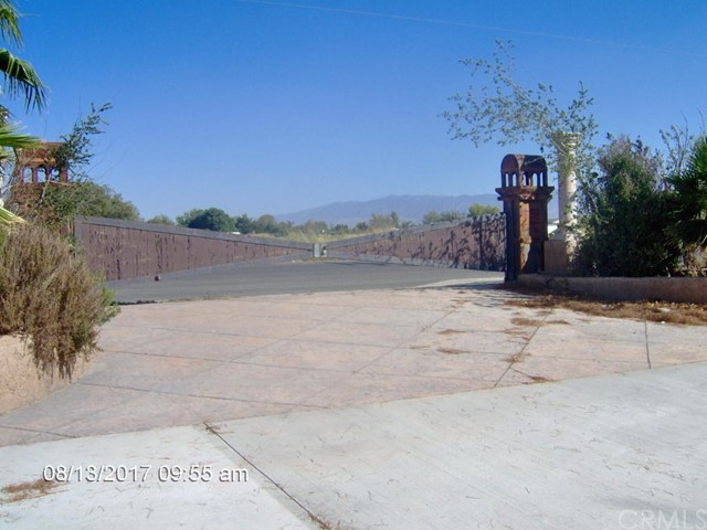 Single Family Home for Sale at 16943 E Avenue P Palmdale, 93550 United States