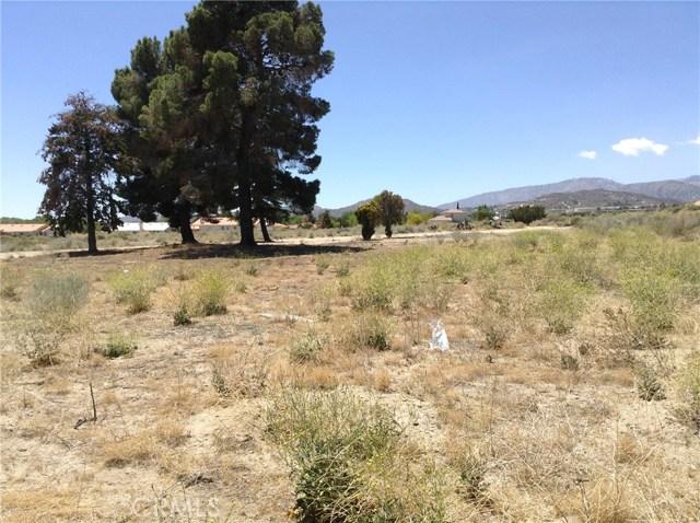 4351 Phelan Road, Phelan CA: http://media.crmls.org/medias/3e66e7c7-c3b9-48af-866a-af20c962feae.jpg