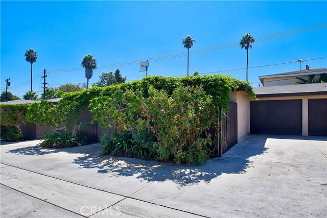 2077 Wallace Avenue, Costa Mesa CA: http://media.crmls.org/medias/3e71a92e-f840-431b-90df-6a5a76b02cf1.jpg