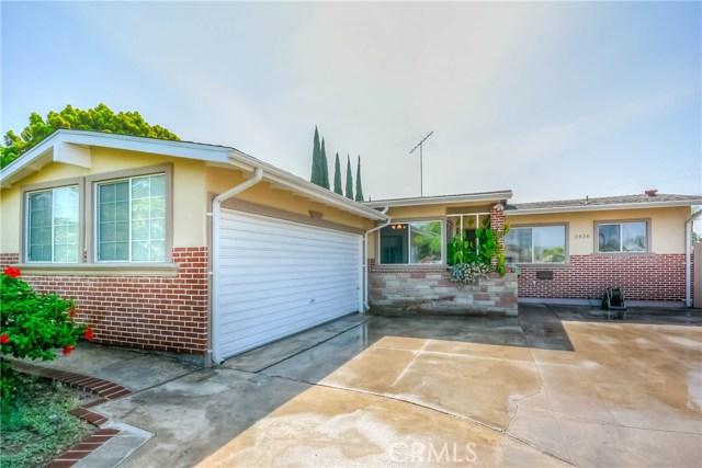 2828 W Devoy Dr, Anaheim, CA 92804 Photo 3