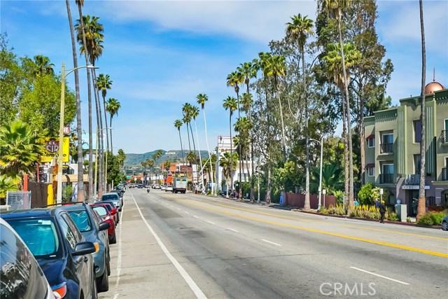 1042 Hyperion Avenue, Los Angeles CA: http://media.crmls.org/medias/3e7a058e-845f-40f4-94a4-16ffdfdb94c9.jpg