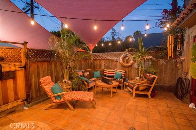 1126 11th Street, San Pedro CA: http://media.crmls.org/medias/3e7c90f1-9b41-4d56-b717-15023c908278.jpg