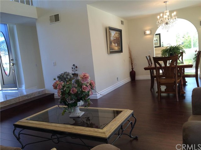 Single Family Home for Sale at 13351 Marshall St Tustin, California 92780 United States