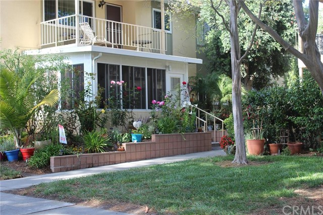 Photo of 211 Avenida Majorca #D, Laguna Woods, CA 92637