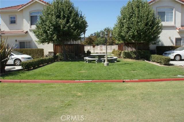 1352 S WHITE Avenue, Pomona CA: http://media.crmls.org/medias/3e8ee12e-a083-4702-b470-8d3376d421da.jpg