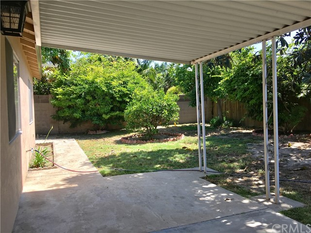 17241 Oak Street, Fountain Valley CA: http://media.crmls.org/medias/3e9053b6-601c-4bf2-821b-21bbb9f19b99.jpg