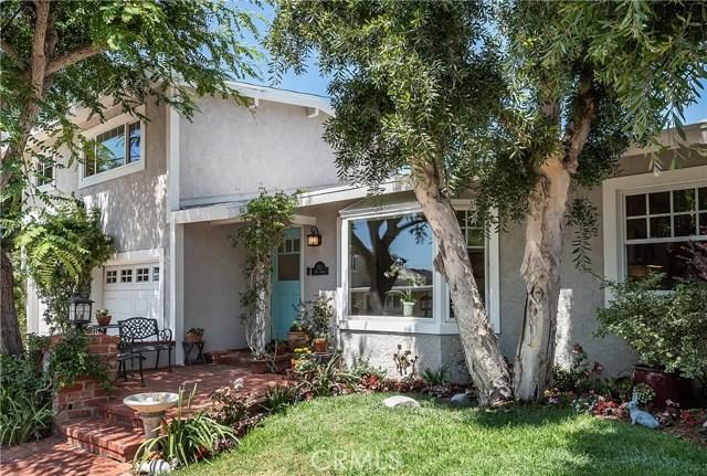 933 28th Street, Manhattan Beach, California 90266, 3 Bedrooms Bedrooms, ,2 BathroomsBathrooms,Single family residence,For Sale,28th,SB19215865