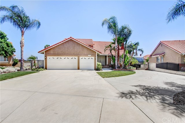 11101 Seven Pines Drive Rancho Cucamonga, CA 91737 is listed for sale as MLS Listing CV18158464