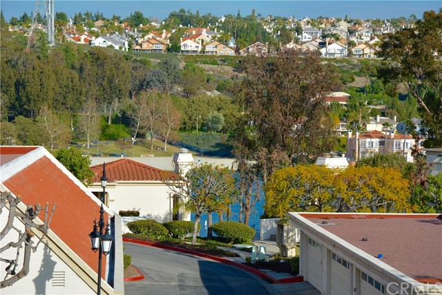 22496 Petra Mission Viejo, CA 92692 is listed for sale as MLS Listing OC16009579