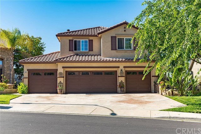 Detail Gallery Image 1 of 31 For 22012 Sunrise View Pl, Saugus, CA 91390 - 4 Beds | 2/1 Baths