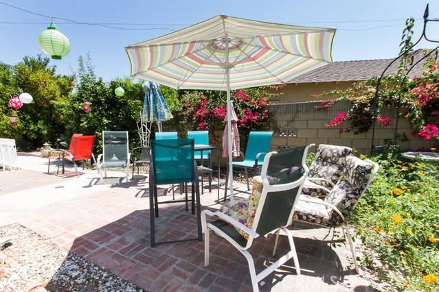 502 E Meadowbrook Avenue, Orange CA: http://media.crmls.org/medias/3ecf3373-93e6-4a68-a218-bd002992f64e.jpg