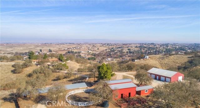 7830 Blue Moon Road, Paso Robles CA: http://media.crmls.org/medias/3ed4e53b-cc37-41b8-b247-52c407e2e9dd.jpg