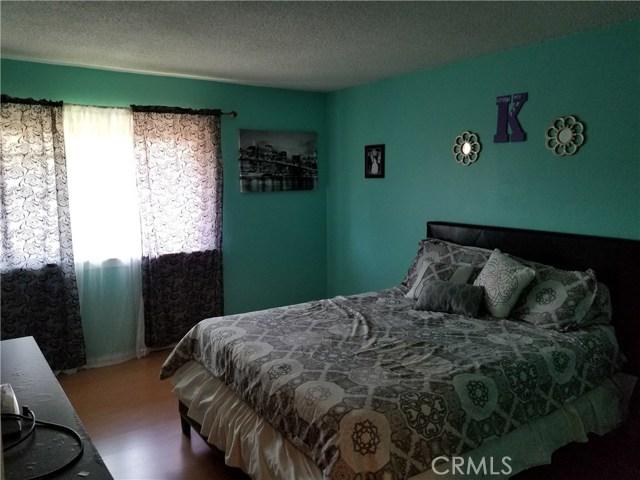 624 S Sullivan Street, Santa Ana CA: http://media.crmls.org/medias/3ee31f44-9fd5-483b-a25a-6c47f48416db.jpg