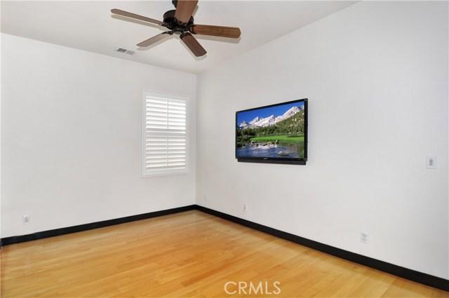 55 Canopy, Irvine CA: http://media.crmls.org/medias/3ee6d5ee-f9cf-4849-851f-b05fe84c82b9.jpg