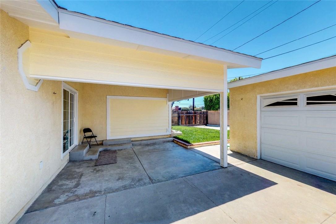 2347 Tulane Avenue, Long Beach CA: http://media.crmls.org/medias/3ef414b8-27c2-4622-8f1e-c849975659d7.jpg