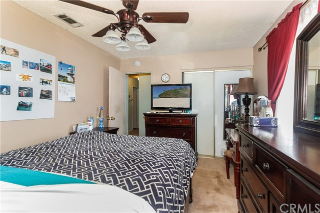 16051 Navajo Road Apple Valley, CA 92307 - MLS #: WS18146418