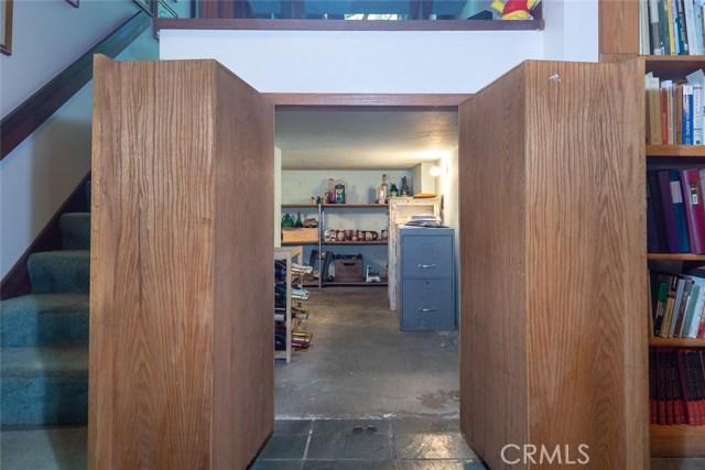 4040 Amelia Drive, Mariposa CA: http://media.crmls.org/medias/3efd9f39-f9cf-4ac4-8674-b8c707d7b93a.jpg