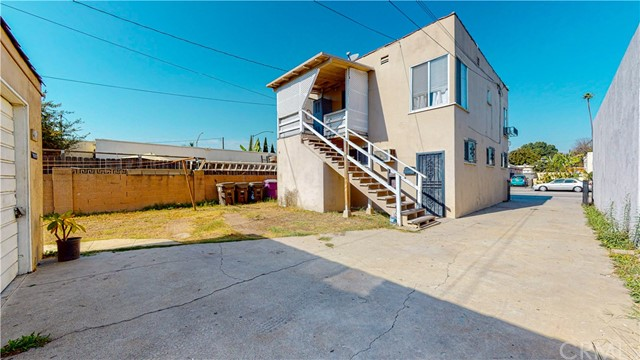 318 Market Street, Long Beach, California 90805, ,Residential Income,For Sale,Market,PW20233153