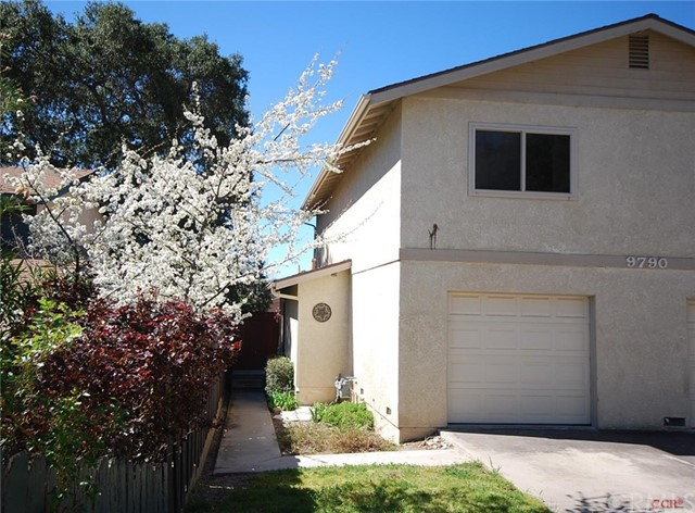 9790 Las Lomas Avenue 2, Atascadero, CA 93422