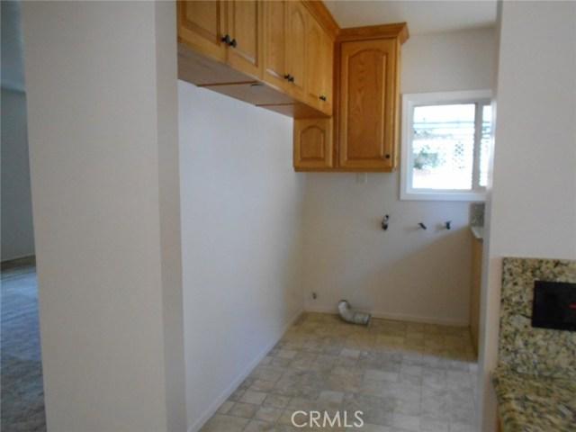 23115 Huber Avenue, Torrance CA: http://media.crmls.org/medias/3f159789-32ff-4ae5-8b84-0923d0168c6a.jpg