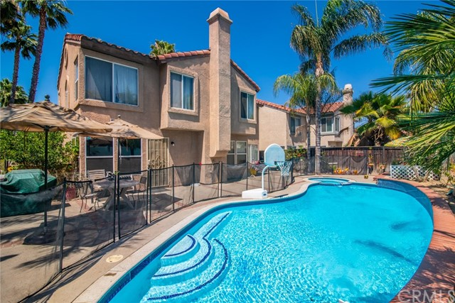 25567 Sierra Bravo Court, Moreno Valley CA: http://media.crmls.org/medias/3f26e5f8-ccb9-4331-be67-bb9076cd46e7.jpg