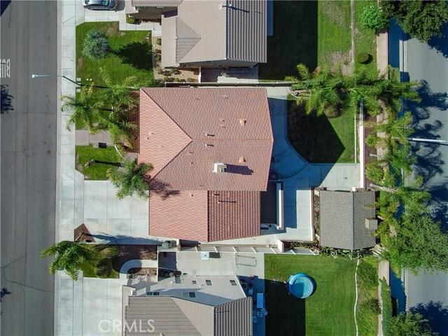 1247 Huckleberry Lane, San Jacinto CA: http://media.crmls.org/medias/3f311735-6187-41e0-aa00-96269e3f9ae2.jpg