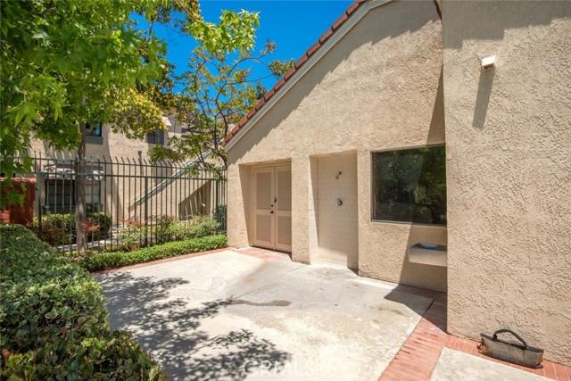 3525 W Stonepine Lane, Anaheim CA: http://media.crmls.org/medias/3f31d318-65ba-4956-b0f6-fc2e79b6ca62.jpg