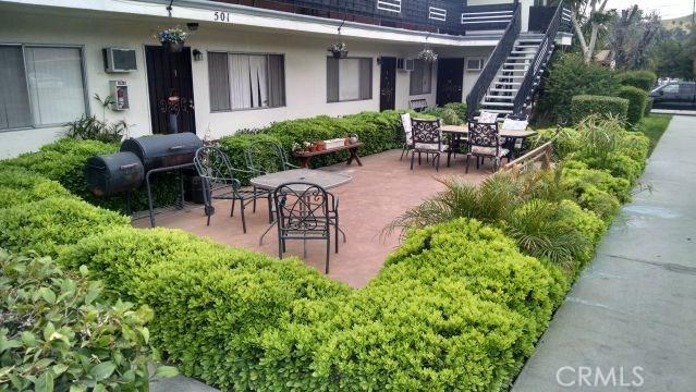 501 W 34th Street, San Bernardino CA: http://media.crmls.org/medias/3f31eb90-2964-40a9-a0c6-59762c504b30.jpg