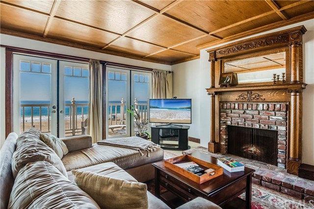 1304 The Strand B, Manhattan Beach, CA 90266 photo 6