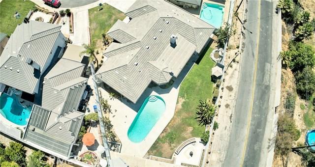 1406 E Ralston Avenue, San Bernardino CA: http://media.crmls.org/medias/3f440595-5df7-484b-9179-b81d7bc46892.jpg