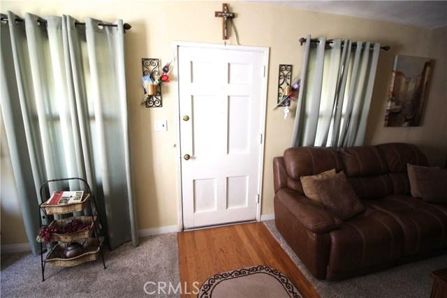 798 Bunker Hill Drive, San Bernardino CA: http://media.crmls.org/medias/3f44d7b5-13b7-49bf-9f0c-f40f4e8126df.jpg