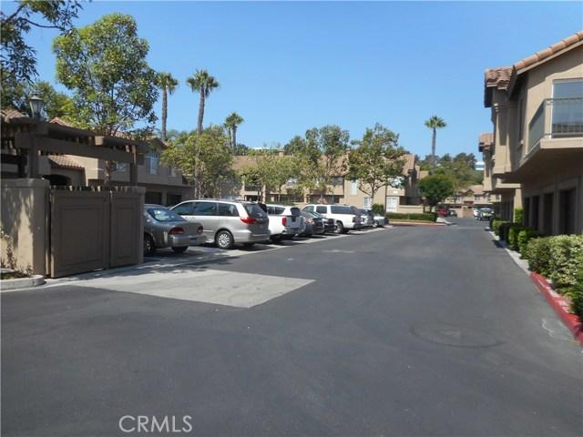 16 Sentinel Place, Aliso Viejo CA: http://media.crmls.org/medias/3f48db57-ea04-45c1-b1d0-38d6ad65dde9.jpg