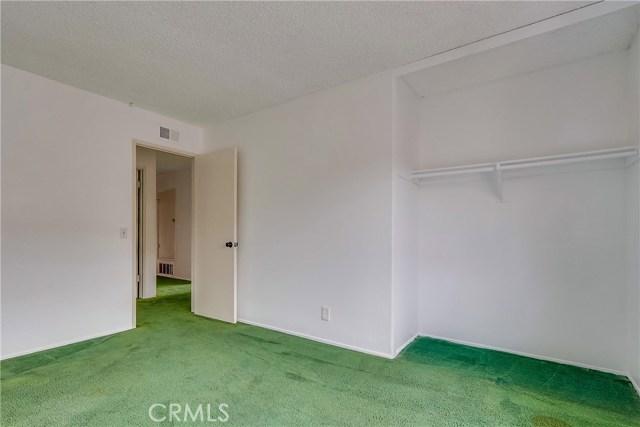 2610 W Hall Avenue, Santa Ana CA: http://media.crmls.org/medias/3f4b26c2-26f7-4f3c-9b2f-a9facdc0a97b.jpg