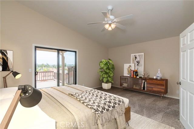 1061 Ridge Heights Drive, Fallbrook CA: http://media.crmls.org/medias/3f5ab4d4-02c6-4ebb-81b4-a4ca20fd5c64.jpg