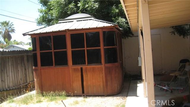 625 Montrose Avenue, Hemet CA: http://media.crmls.org/medias/3f64c802-0b62-446f-9724-786ecfb2ded4.jpg