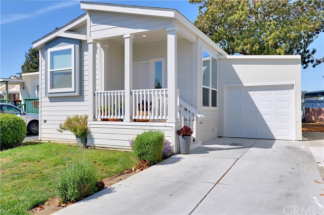 Detail Gallery Image 1 of 33 For 1885 East Bayshore Rd #107,  East Palo Alto,  CA 94303 - 2 Beds   2 Baths