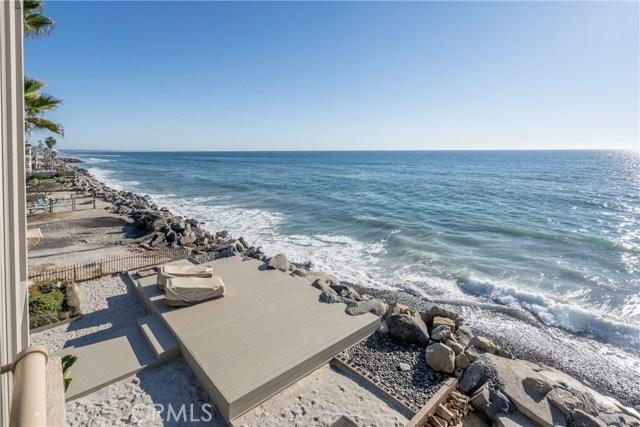 933 S Pacific Street, Oceanside CA: http://media.crmls.org/medias/3f72e2d6-0b82-43d1-9955-78b86799c3f0.jpg
