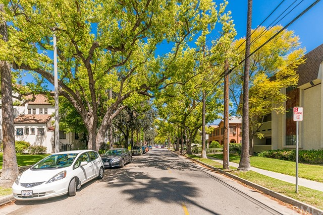 70 N Catalina Avenue 310 , CA 91106 is listed for sale as MLS Listing WS18135135
