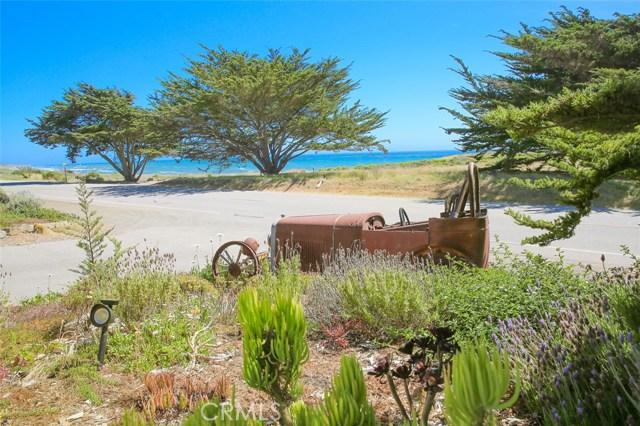6736 Moonstone Beach Drive, Cambria CA: http://media.crmls.org/medias/3f927358-5805-43d3-8a1e-a064345f5c23.jpg