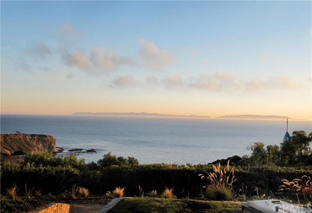 24 Narcissa Drive Rancho Palos Verdes, CA 90275 is listed for sale as MLS Listing PV16196983