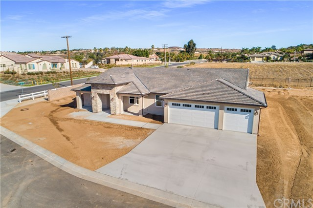 Photo of 7912 Featherstone Court, Riverside, CA 92506