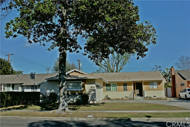 1834 S Gail Lane Anaheim, CA 92802 is listed for sale as MLS Listing PW18050058