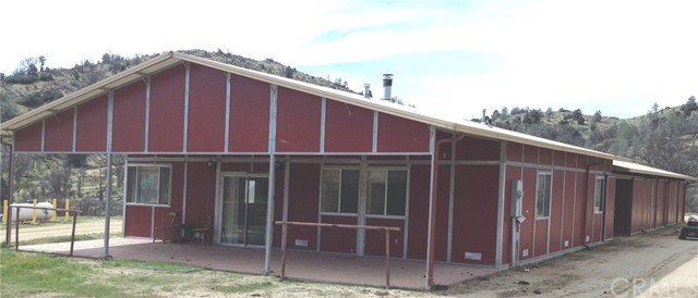 Single Family Home for Sale at 13100 Franceschi Road Caliente, California 93518 United States