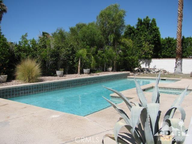 1420 Rosarito Way, Palm Springs CA: http://media.crmls.org/medias/3fa6fd67-6fd5-4b35-96c1-c3173de9df99.jpg