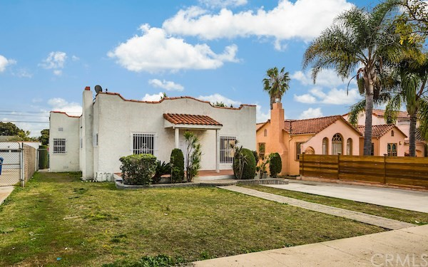 5324 Hillcrest Drive, Los Angeles CA 90043