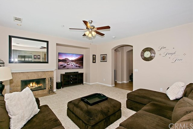 10771 Saffron Street Fontana CA 92337