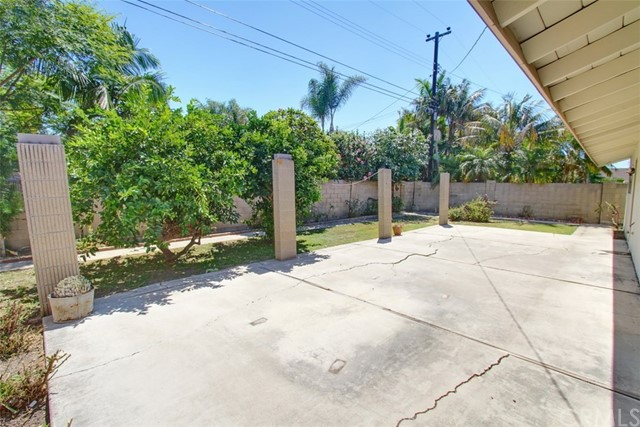 6192 Gumm Drive Huntington Beach, CA 92647 - MLS #: OC17181967